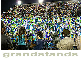 arquibancadas (GRANDSTANDS SEATS): in the heart of the beat